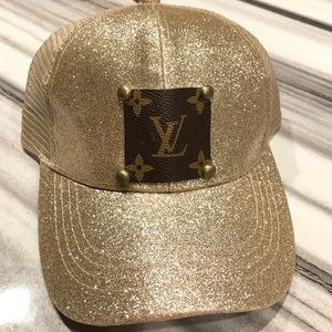 SOLD OUT ✨NEW✨Light Gold Glitter Patch Hat!